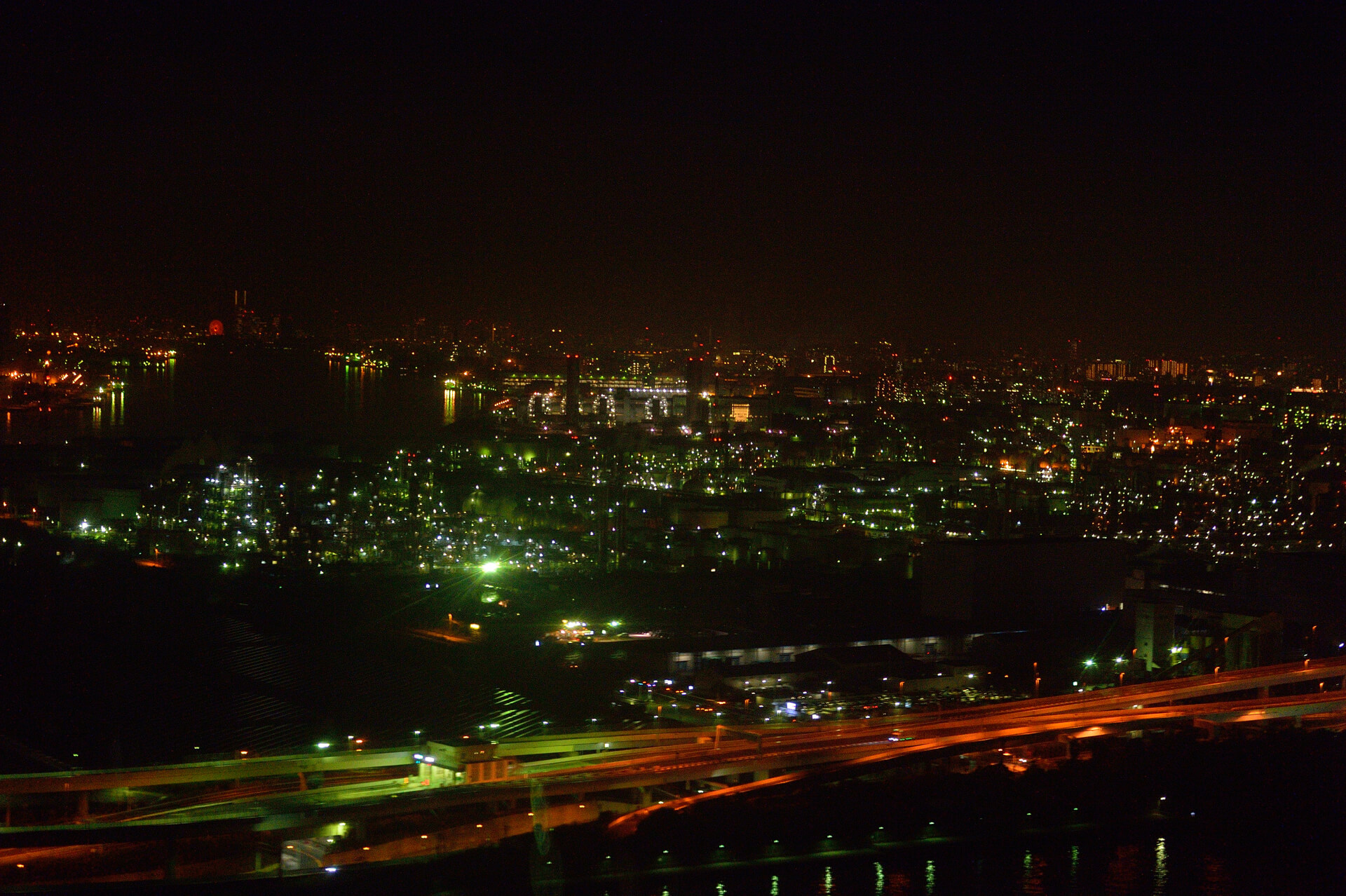 飛行機、夜景