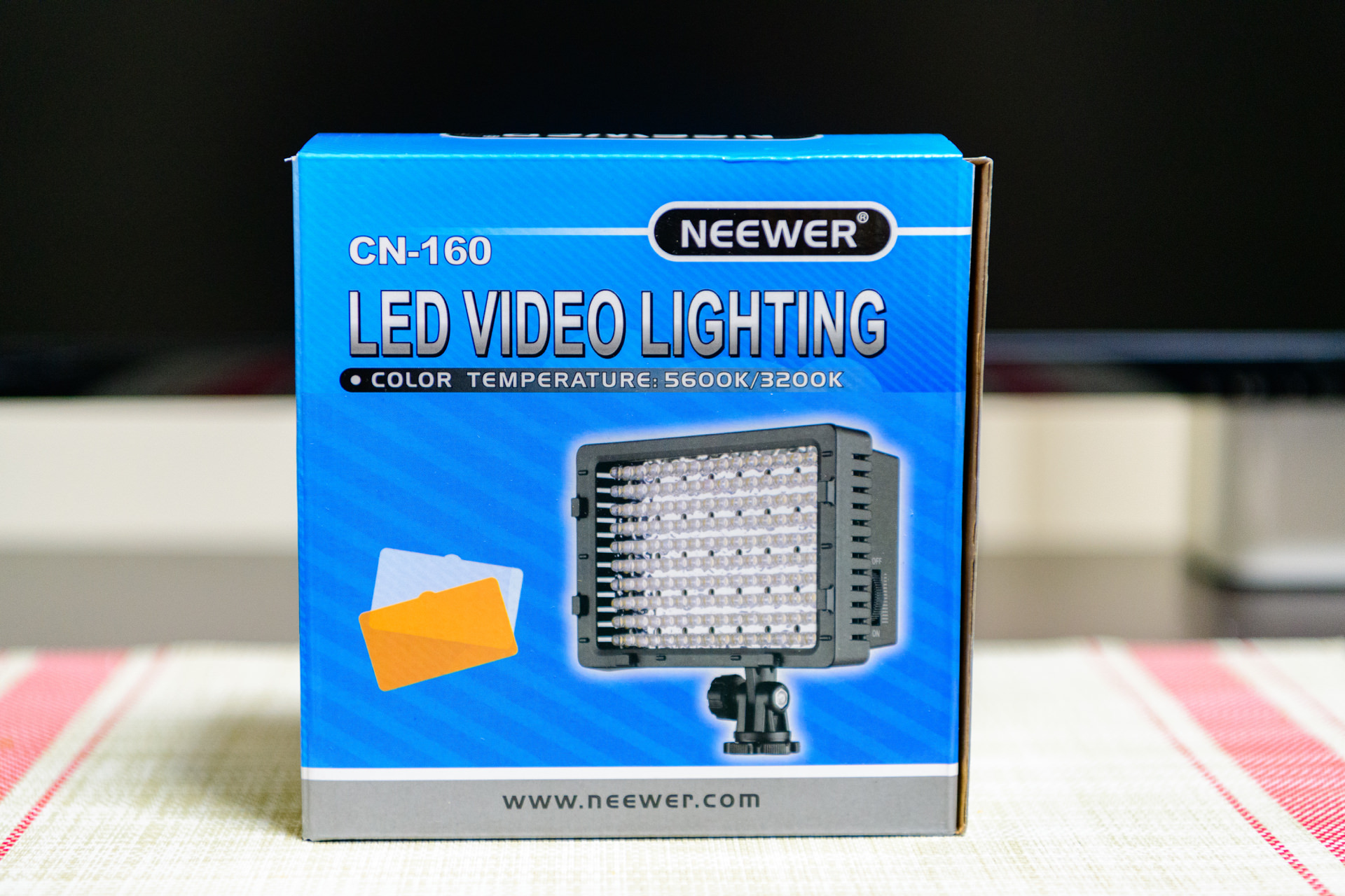 NEEWER CN-160 LED