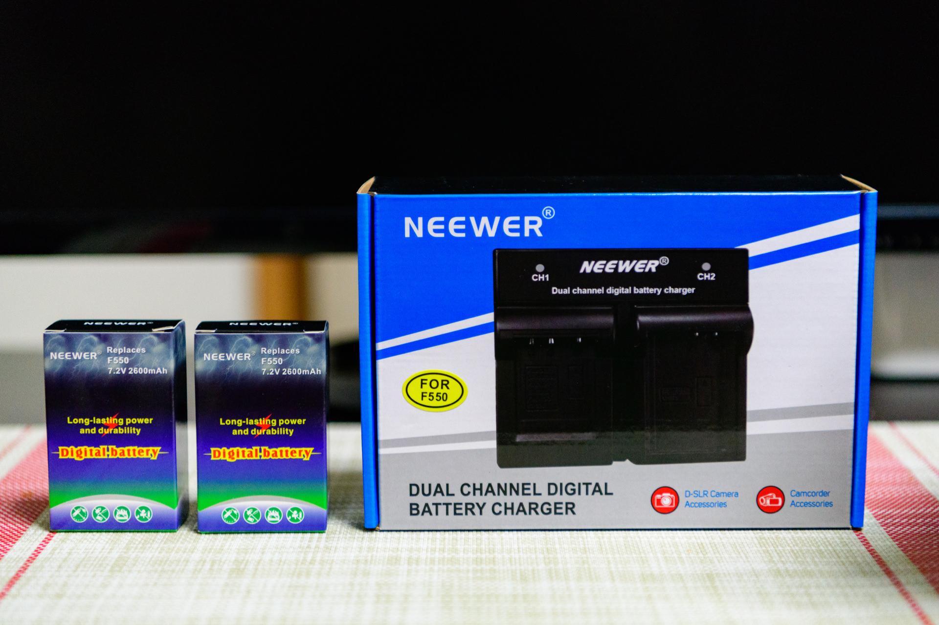 Neewer カメラバッテリ 充電器セット