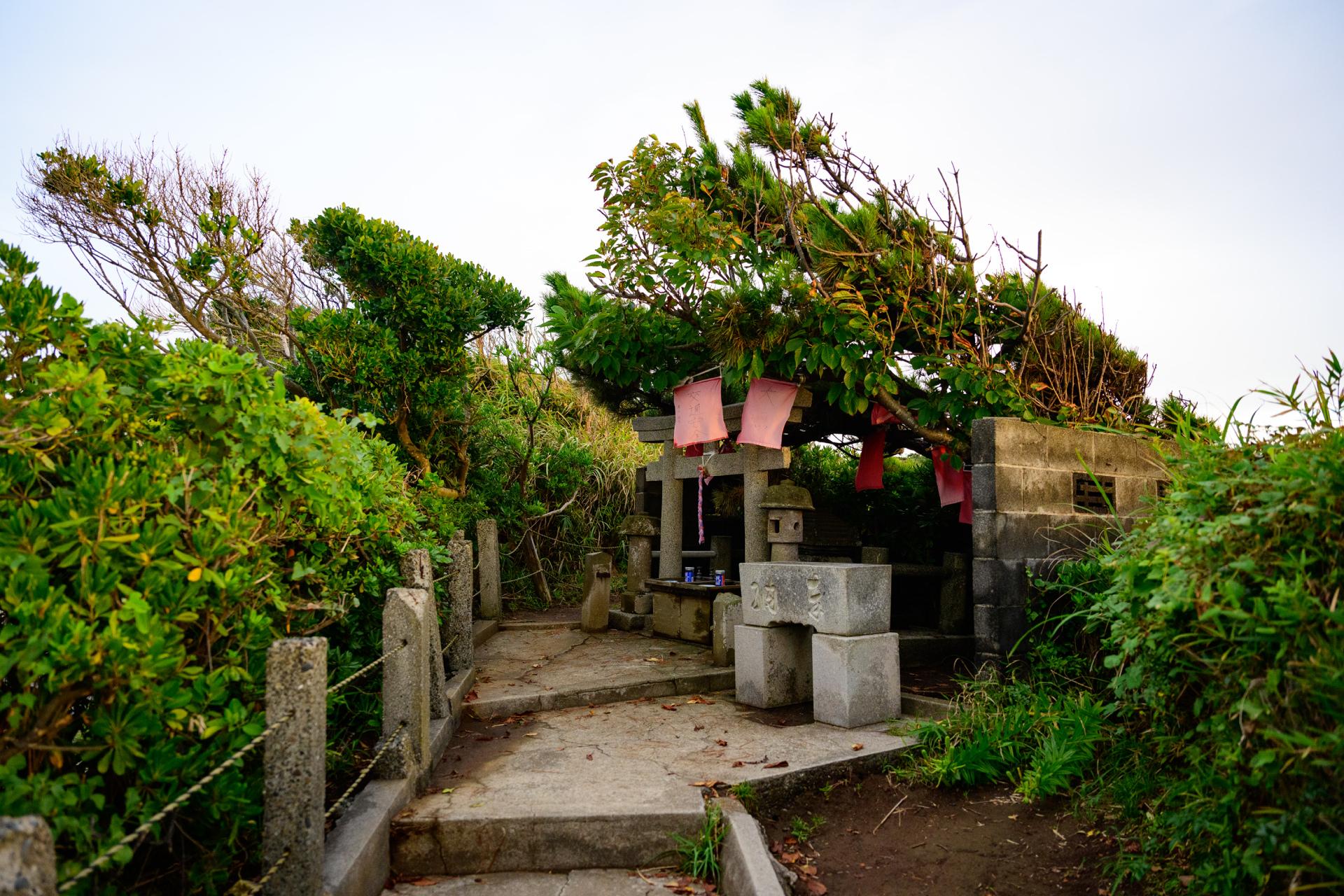 楫の三郎山神社